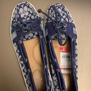 New with tags! Coach flats!